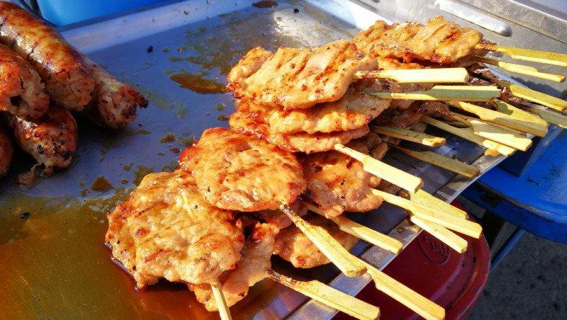 泰國|芭達雅 逛傳統市集品嘗在地小吃 泰國小漁村裡的迷人風光 @YA 野旅行-旅行不需要理由