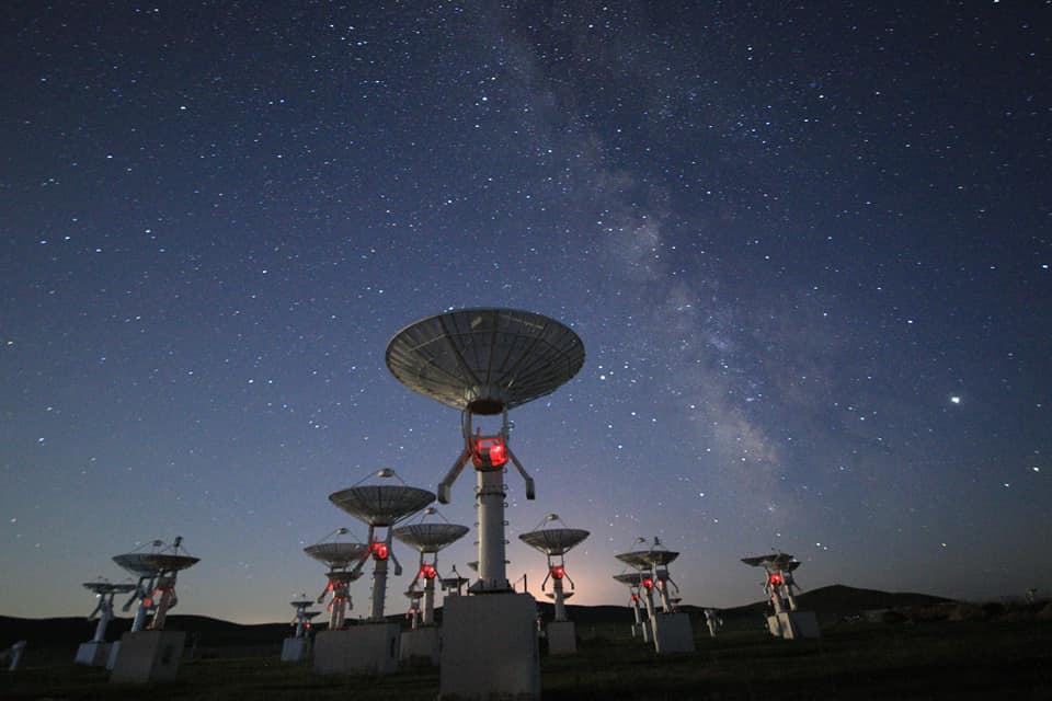 內蒙草原上的天眼 明安圖天文台璀璨銀河 @YA 野旅行-旅行不需要理由