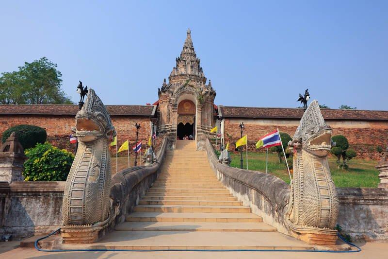 重回泰北哈里奔猜王朝 南邦緬甸風格寺廟巡禮 @YA 野旅行-旅行不需要理由