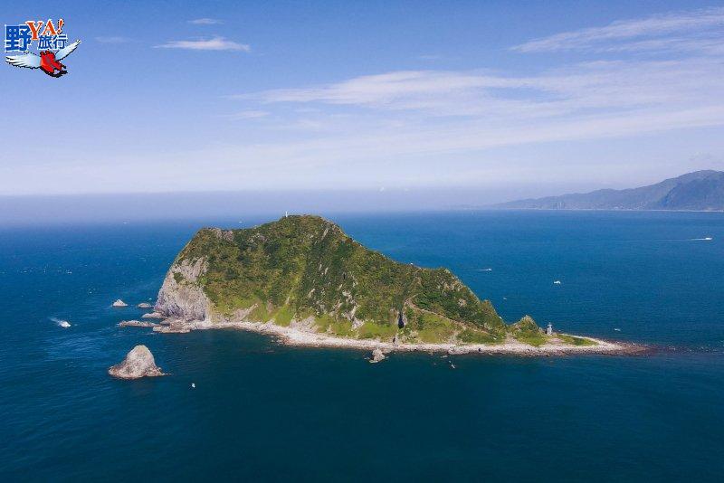 搭船遊東北角海上看台灣 登頂基隆嶼俯瞰蔚藍海景 @YA 野旅行-旅行不需要理由